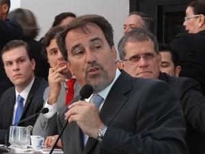 Ministro Gilberto Occhi participou de audiência na Alepe. (Foto: Penélope Araújo/G1)