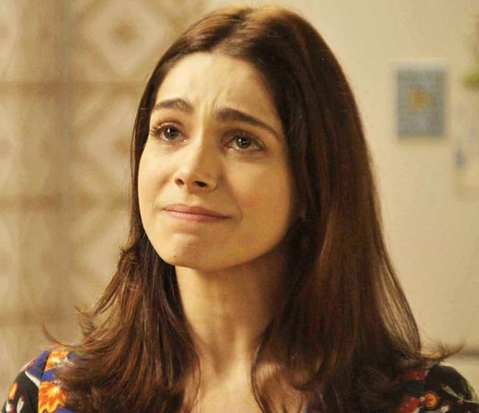 Shirlei fica emocionada com as palavras do vizinho (Foto: TV Globo)
