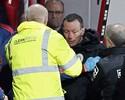 Quarto árbitro sofre colapso durante jogo do Inglês e precisa ser substituído