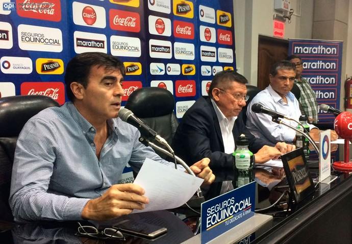 Gustavo Quinteros, técnico Equador (Foto: Reprodução / ecuafutbol.org)