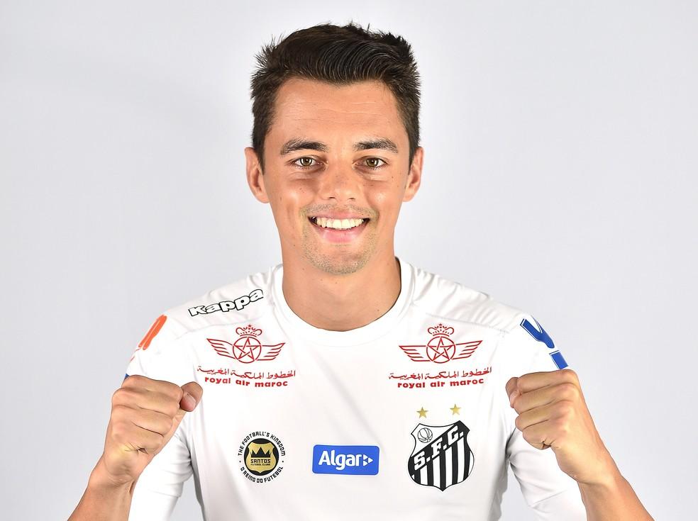 Matheus Ribeiro estreará na Libertadores contra o Santa Fe (Foto: Marcos Ribolli)