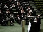 Chanceler entrega texto de acordo nuclear ao Parlamento do Irã
