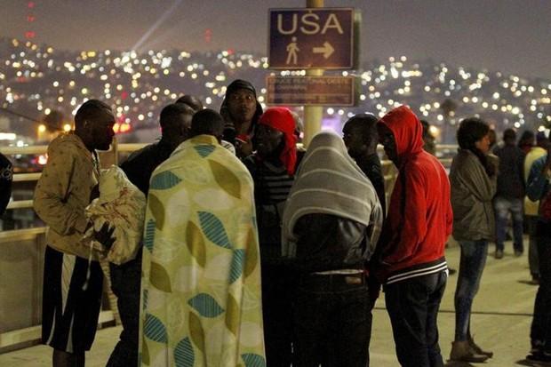 Onda de haitianos que deixou Brasil chega na fronteira entre EUA e México (Foto: Jorge Duenes/Reuters)