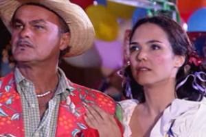 César e Otávio se encontram na festa junina (Foto: reprodução/TV Globo)