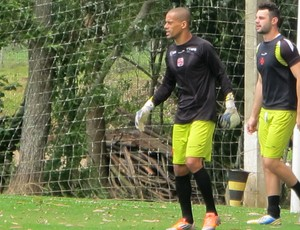 Wendel e Alessandro treino Vasco (Foto: Gustavo Rotstein)