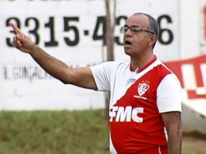 Wantuil Rodrigues técnico Uberaba Sport 2015 (Foto: Reprodução/TV Integração)