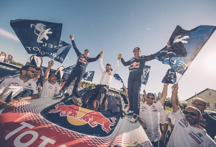 Os campeões do Rally Dakar 2017 (Foto: Flavien Duhamel/Red Bull Content Pool)