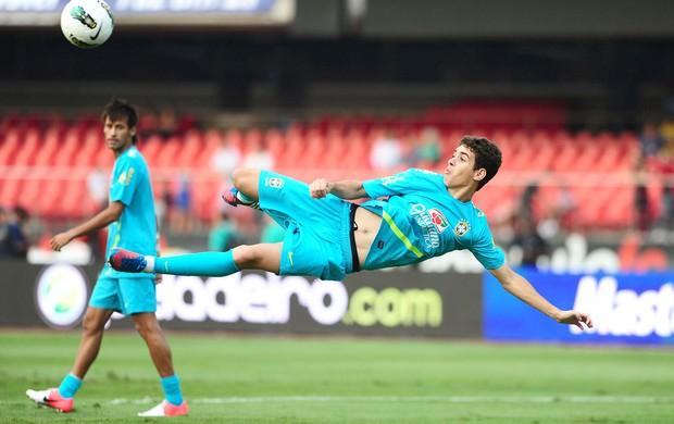 Oscar, Treino da Seleção Brasileira, morumbi (Foto: Marcos Ribolli / Globoesporte.com)