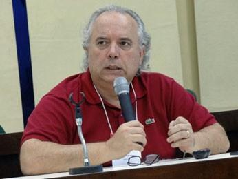 Ronaldo Laranjeira apresentou o mais recente Levantamento Nacional de Álcool e Drogas (Foto: Luna Markman / G1)
