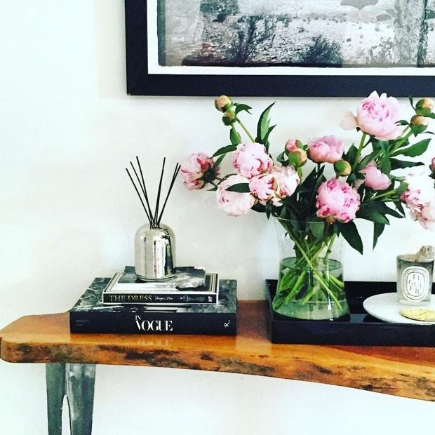Meghan Markle esbanja bom gosto em seu apartamento em Toronto (Foto: Reprodução)