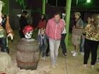 Luciano Huck leva Joaquim e Benício à festa do filho de Nívea Stelmann