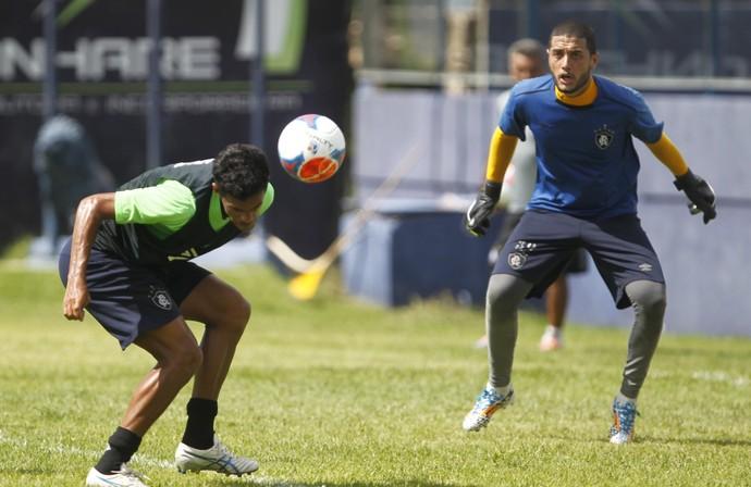 Ciro Sena e Camilo durante treino no Remo (Foto: Akira Onuma/O Liberal)
