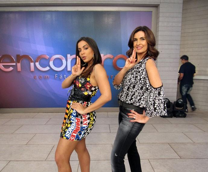 BANG! Anitta e Fátima 'quebraram' a web dançando o novo sucesso da cantora juntas (Foto: Carolina Morgado/Gshow)