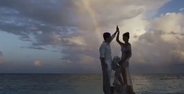 Di Ferrero e Isabeli Fontana (Foto: Reprodução / Youtube -  cavallaria Filmes)