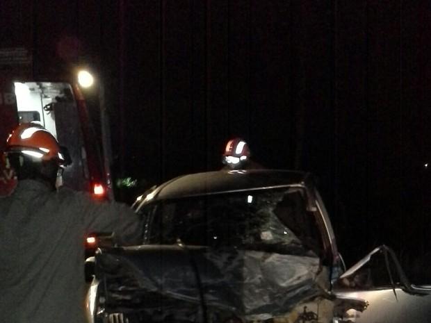 Acidente matou mulher e deixou casal ferido (Foto: Divulgação/Leitor)
