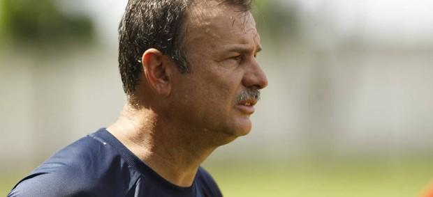 Flávio Lopes afirmou que os jogadores do Remo estão desgastados devido a preparação específica para o Re-Pa (Foto: Marcelo Seabra/O Liberal)