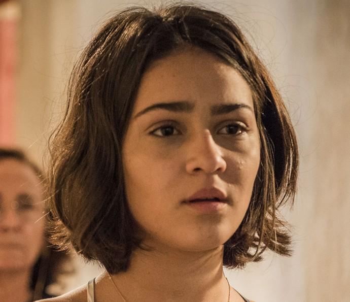 Olívia fica confusa com seus sentimentos (Foto: Caiuá Franco/TV Globo)