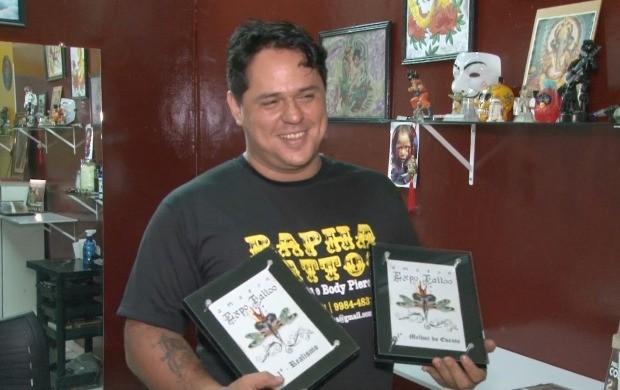 Raphael Amorim ganhou concurso de melhor tatutador em Manaus (Foto: Bom Dia Amazônia)