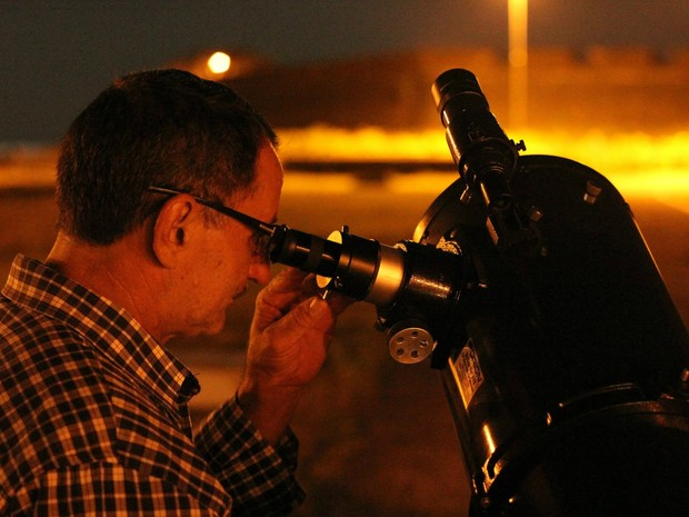 Telescópios serão disponibilizados gratuitamente para observação (Foto: Reprodução/Facebook)
