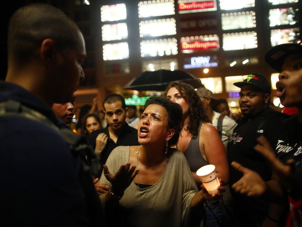 Nova York tem protesto após absolvição de vigia na Flórida (Foto: Eric Thayer/Reuters)