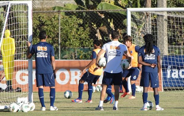 Treino do Cruzeiro (Foto: Marco Antonio Astoni / Globoesporte.com)