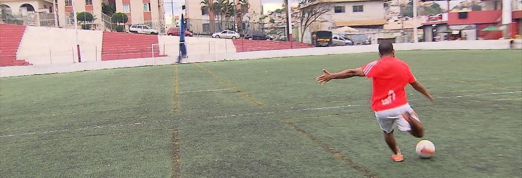 O gol de placa marcado por Cazares, contra o Grêmio, é mais difícil do que parece