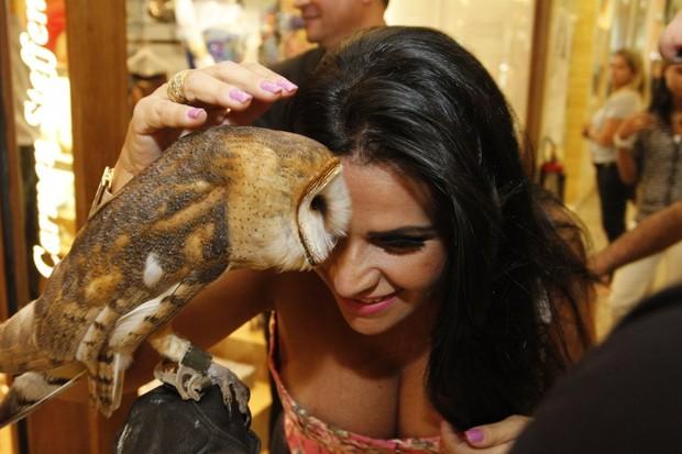 Solange Gomes em lançamento de coleção de loja (Foto: Marcos Ferreira / Foto Rio News)