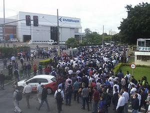 Parcela da PLR da Embraer injeta  R$ 30 mi na economia de São José (Foto: Divulgação/ Sindicato dos Metalúrgicos)