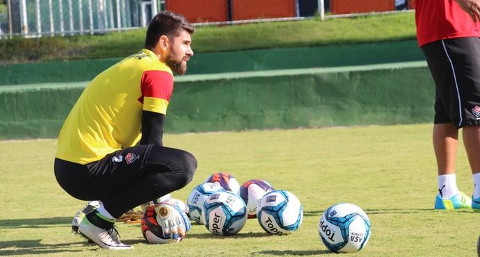 Fernando Miguel  Vitória (Foto  R. Santin Divulgação EC Vitória) 69a82424b1b02