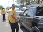 Operação Verão Consciente orienta motoristas no Litoral (Ellyo Teixeira/G1)