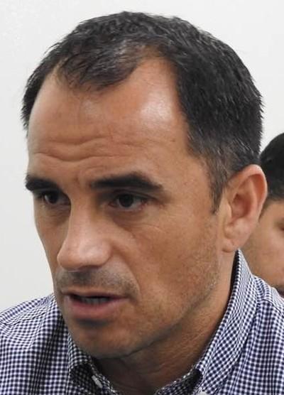 Rodrigo Caetano não gostou da indicação de Raphael Claus (Foto: Fred Gomes/GloboEsporte.com)