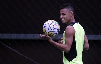 Suspenso, Neilton é liberado, sai de férias e não deve voltar ao Botafogo