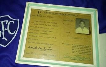Depois de encontrar registro, Serrano procura primeiro contrato de Garrincha