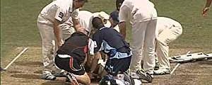 Bolada na cabeça mata jogador de críquete  (Lakruwan Wanniarachchi / Arquivo / AFP Photo)