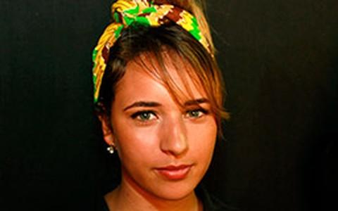 Lenço na cabeça: veja a diversidade do acessório que bombou no Fashion Rio