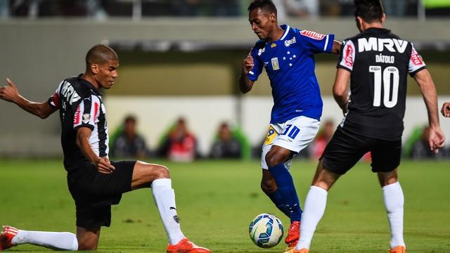 75e5e217a0 Atlético-MG x Cruzeiro - Campeonato Brasileiro 2015 - globoesporte.com
