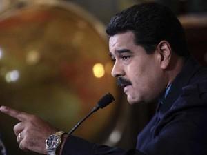 Presidente da Venezuela, Nicolás Maduro, durante transmissão nacional de televisão, em Caracas (Foto: REUTERS/Miraflores Palace/Handout via Reuters)