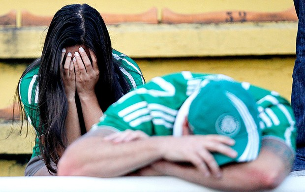 torcida Palmeiras choro rebaixamento (Foto: Wagner Meier / Ag. Estado)
