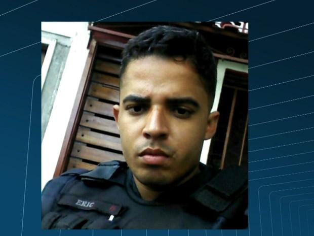PM da UPP Lins de Vasconcelos morreu após ser baleado na cabeça  (Foto: Reprodução / TV Globo)
