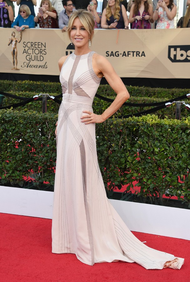 LOS ANGELES, CA - JANUARY 29:  Actor Felicity Huffman attends the 23rd Annual Screen Actors Guild Awards at The Shrine Expo Hall on January 29, 2017 in Los Angeles, California.  (Photo by Alberto E. Rodriguez/Getty Images) (Foto: Getty Images)