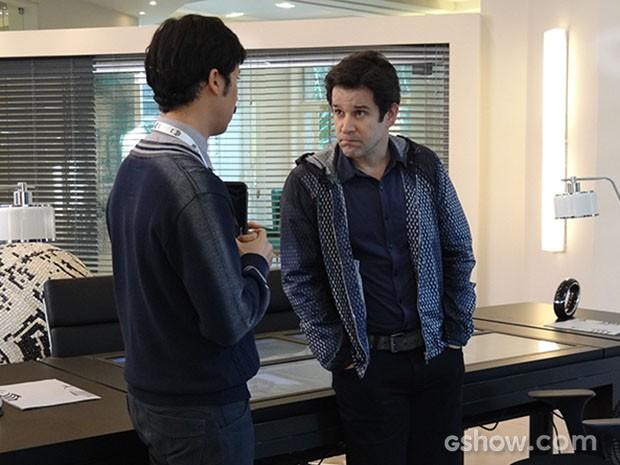 Jonas pede a Murphy para levantar ficha de Herval (Foto: Geração Brasil/TV Globo)