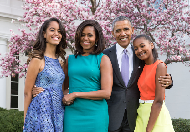 Barack Obama e as mulheres de sua vida: Michelle Obama e as filhas Sasha e Malia Obama (Foto:  Pool  / Getty Images)