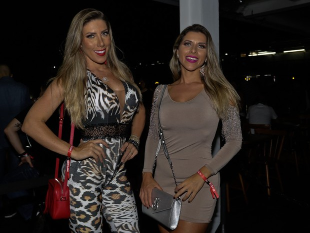 Tati Minerato e Ana Paula Minerato em show em São Paulo (Foto: Cláudio Augusto/ Brazil News)