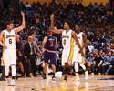 Lakers emplacam trinca e impõem quinta derrota aos Suns de Leandrinho