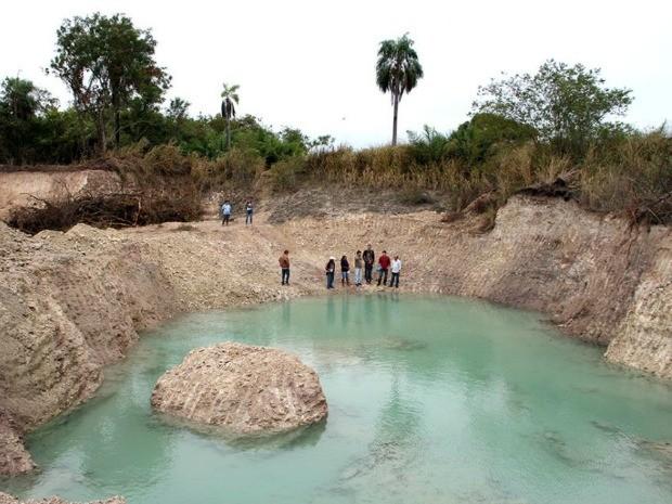 Lagoa de água cristalina é encontrada durante obra no Pantanal de MS (Foto: Marcos Boaventura/ Divulgação Prefeitura de Corumbá)