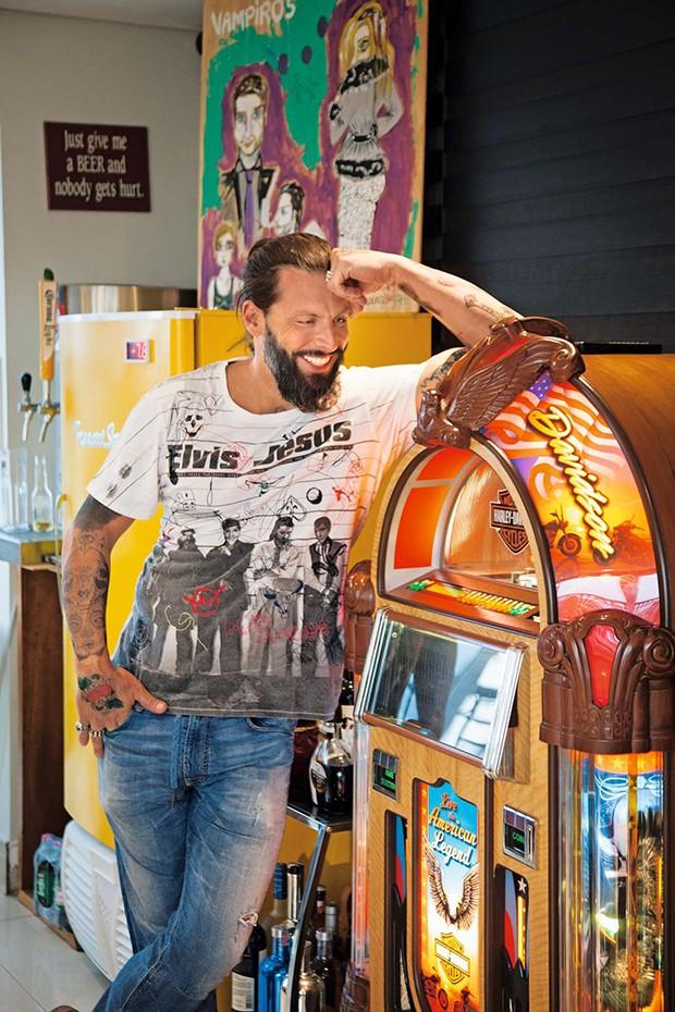 Henri e sua jukebox   (Foto:  Henri e sua jukebox  )