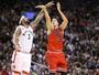 Sem Pau Gasol e Derrick Rose, Bulls se desdobram e vencem os Raptors