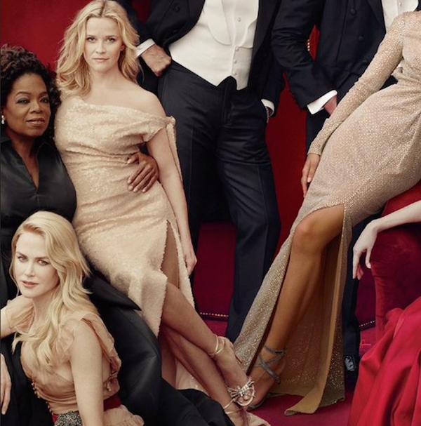 A atriz Reese Whiterspoon com três pernas na capa da revista Vanity Fair (Foto: Divulgação)