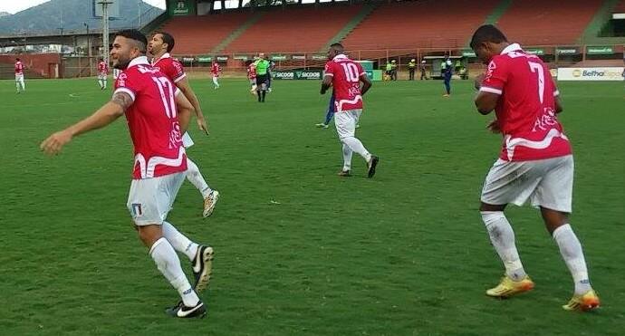 Gol de Ranieri, do Espírito Santo (Foto: Richard Pinheiro/GloboEsporte.com)