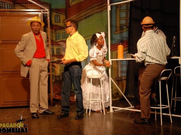 Primeira apresentação acontece no Teatro Maria Bonita em Floriano    (Foto: Grupo  Escalet)
